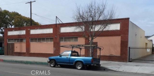 723 S Inglegood Avenue, Inglewood CA: http://media.crmls.org/medias/cdd9e2fa-82fa-4118-8302-2bf3ef79621f.jpg