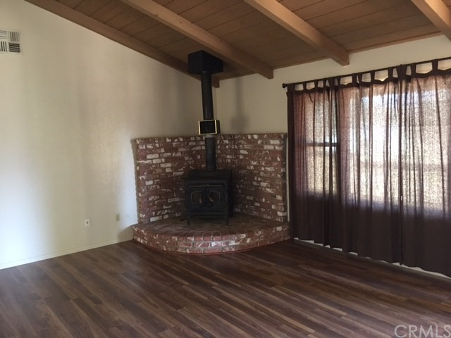 Single Family Home for Sale at 3613 Mccray Lake Isabella, California 93240 United States