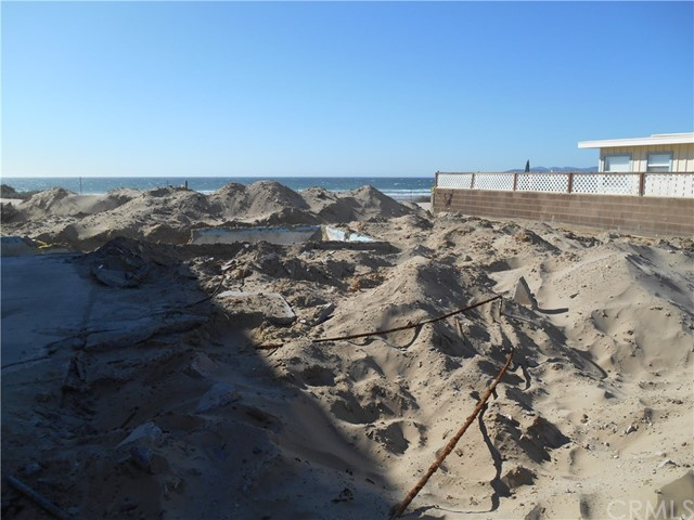 1358 Strand Way, Oceano CA: http://media.crmls.org/medias/cdfa6bc1-508f-4618-a34a-6157ccc1e342.jpg