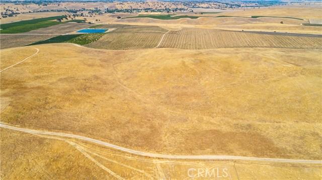 3740 Gruenhagen, Paso Robles CA: http://media.crmls.org/medias/cdfd5ebb-41cf-4521-952d-ca4858202867.jpg