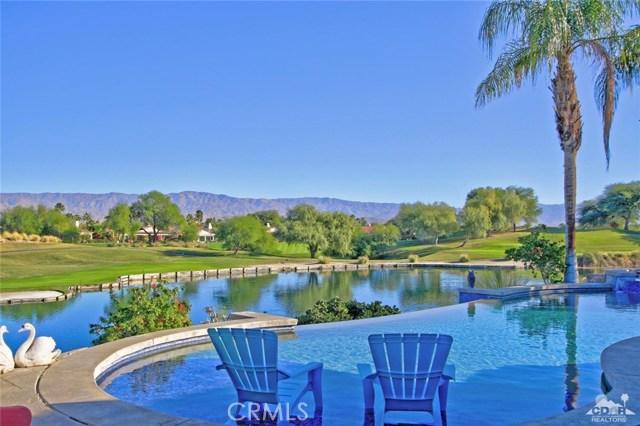 104 Loch Lomond Road, Rancho Mirage CA: http://media.crmls.org/medias/ce07b4c2-bd8b-415c-84e3-aa47e7612c75.jpg