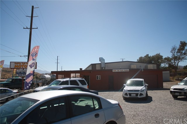 49896 29 PALMS Highway, Morongo Valley CA: http://media.crmls.org/medias/ce111afc-0274-468f-a85f-170e74e7091f.jpg