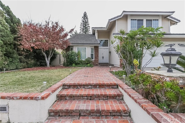 Single Family Home for Sale at 2042 Winterwood Drive Fullerton, California 92833 United States