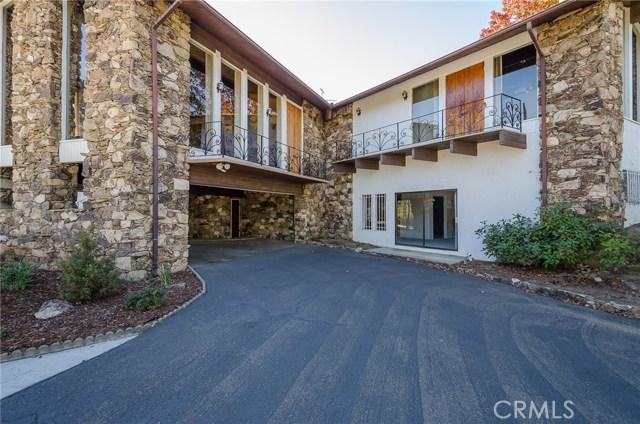 570 Raymond Avenue, Santa Maria CA: http://media.crmls.org/medias/ce14d1d3-4604-487f-909c-e5bccfb3d87f.jpg