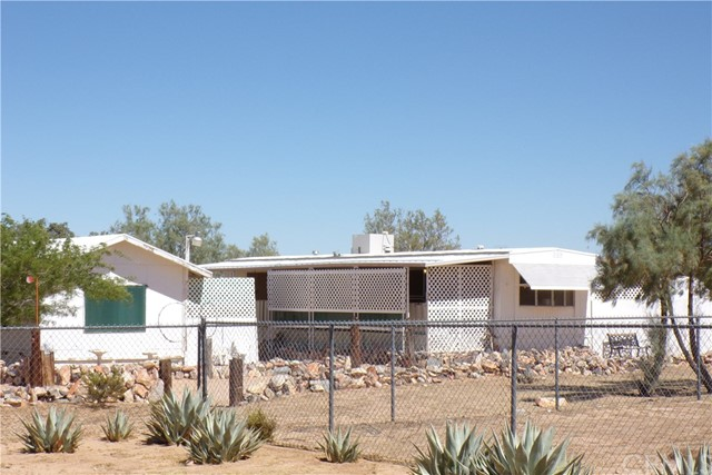 60277 Lutz Rd, Landers, CA 92284 Photo