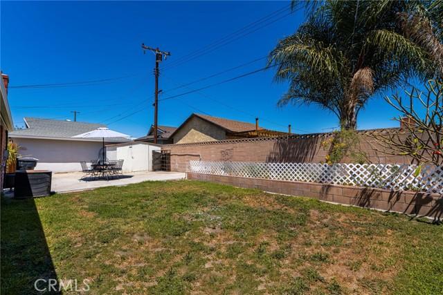 724 Moonbeam Street, Placentia CA: http://media.crmls.org/medias/ce3c7f22-d25e-45bb-bace-c8930908005d.jpg