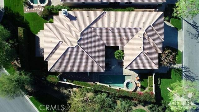 79655 Baya, La Quinta CA: http://media.crmls.org/medias/ce3e9d8c-c189-4bdb-87ef-bae602d8064d.jpg