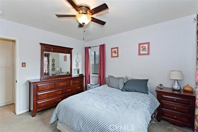 488 E 16th Street, San Bernardino CA: http://media.crmls.org/medias/ce423448-42fa-43de-924f-a1248609c13e.jpg