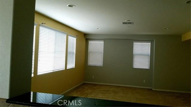 5643 Stoneview Road, Rancho Cucamonga CA: http://media.crmls.org/medias/ce57c0f2-3c79-4409-8448-f0d02b13d8f9.jpg
