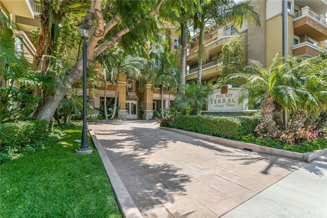 4060 Glencoe Avenue 309  Marina del Rey CA 90292