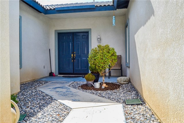 13664 Cobalt Road Victor Valley, CA 92392 - MLS #: EV17205618