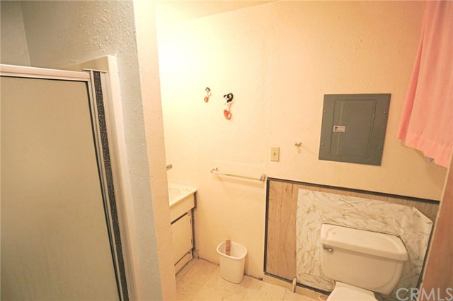 72 15th Street, Paso Robles CA: http://media.crmls.org/medias/ce74bcd4-18a0-4e8c-9bcc-32f4bdbaa521.jpg
