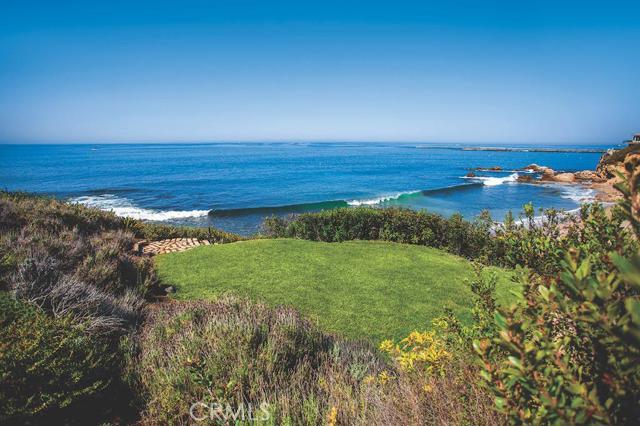 Single Family Home for Sale at 101 Shorecliff St Corona Del Mar, California 92625 United States