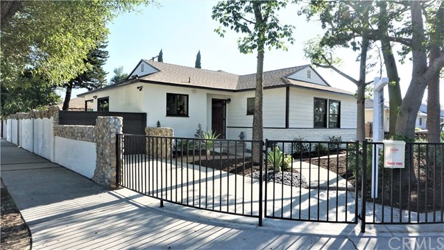 17100 Baltar Street Lake Balboa, CA 91406 - MLS #: DW18219062