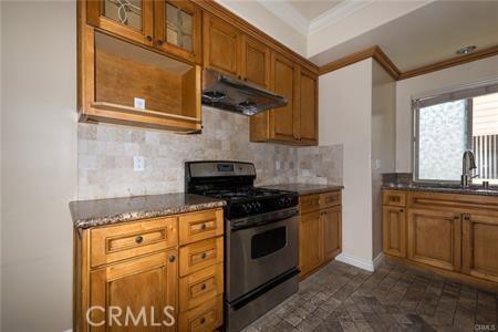56 S Craig Avenue, Pasadena CA: http://media.crmls.org/medias/ce9dc447-98b2-4890-b93b-c1776bd233e2.jpg