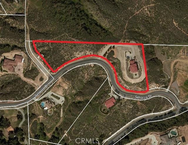 37200 Selrocco Drive, Calimesa CA: http://media.crmls.org/medias/cea21223-0949-4288-8111-3ea9cba1263d.jpg