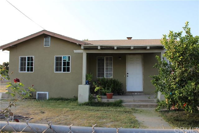 Single Family Home for Sale at 992 Home Avenue San Bernardino, California 92411 United States