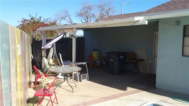 20625 Harvest Avenue, Lakewood CA: http://media.crmls.org/medias/cead93f2-0461-4c53-b9d9-1c9fa9254b4b.jpg