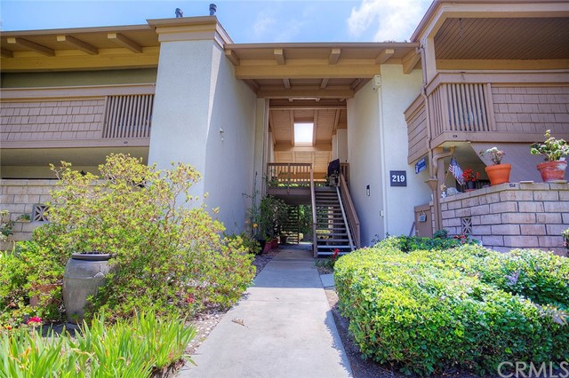 8933 Biscayne Court Huntington Beach, CA 92646 OC17183282