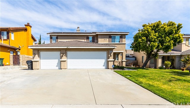 Detail Gallery Image 1 of 61 For 6655 Ohare Ct, Fontana,  CA 92336 - 4 Beds | 3 Baths