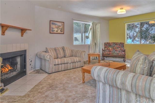 518 W VICTORIA CT. Lake Arrowhead, CA 92352 - MLS #: EV18044284