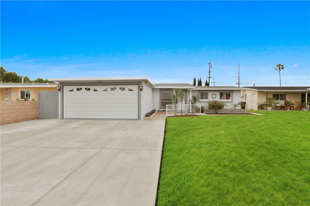 10021 Gravier St, Anaheim, CA 92804 Photo 2
