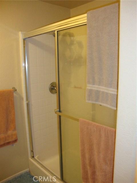 24909 Madison Avenue, Murrieta CA: http://media.crmls.org/medias/cef0b868-0431-4b7a-befe-291facd6af9b.jpg