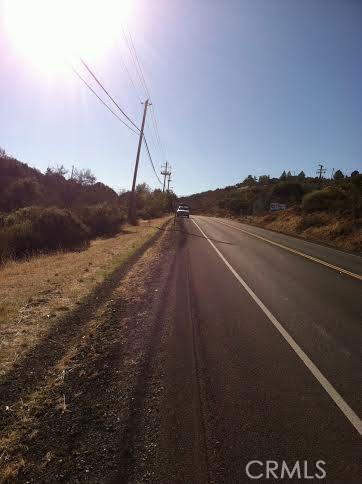 9760 State Highway 281, Kelseyville CA: http://media.crmls.org/medias/cef97754-0e30-4fb9-a8a2-01b18743e22b.jpg