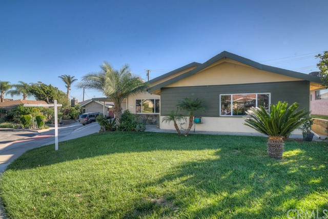Single Family Home for Sale at 1618 Brookdale Place W Fullerton, California 92833 United States