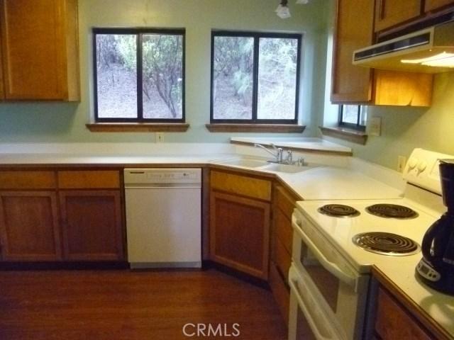 16934 Hofacker Lane Lower Lake, CA 95457 - MLS #: OC17170405