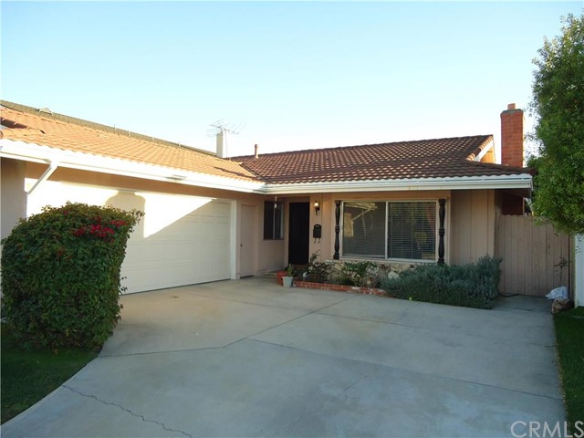Single Family Home for Rent at 4432 Dogwood St Seal Beach, California 90740 United States