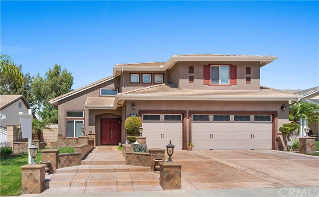 1059 Silvercreek Road, Corona CA: http://media.crmls.org/medias/cf395c25-bb03-4a61-80f2-f09a83e0d468.jpg