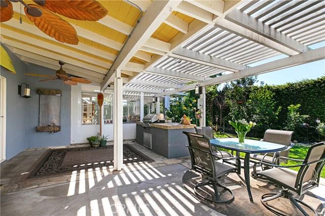 21891 Starfire Lane, Huntington Beach CA: http://media.crmls.org/medias/cf3bd23b-d195-449d-8eec-4755e97e1f90.jpg