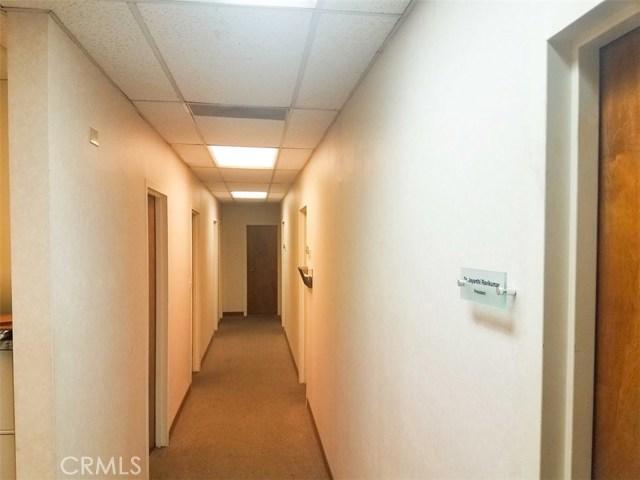 3356 W Ball Rd, Anaheim, CA 92804 Photo 3