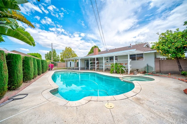 905 S Neptune Pl, Anaheim, CA 92804 Photo 5