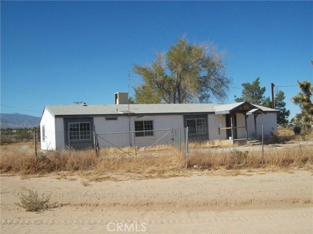 11232 Anderson Ranch Road, Phelan CA: http://media.crmls.org/medias/cf57d52e-9846-44b8-af8b-8fa28e1b44cf.jpg