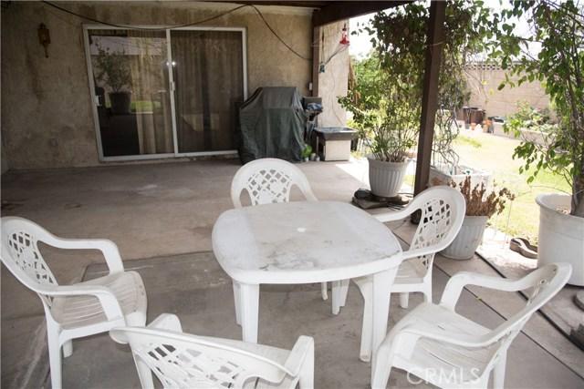 9400 Columbine, Montclair CA: http://media.crmls.org/medias/cf5fbbee-4c80-4f31-a5c3-5458f2c2d1cd.jpg