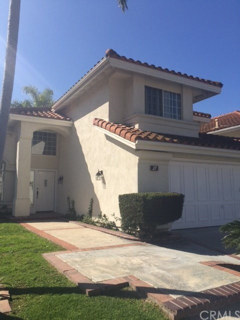 Single Family Home for Rent at 27 Decente Irvine, California 92614 United States