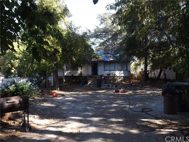 95 E Pine Street Altadena, CA 91001 is listed for sale as MLS Listing CV17248982
