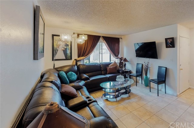 1250 S Brookhurst St, Anaheim, CA 92804 Photo 3