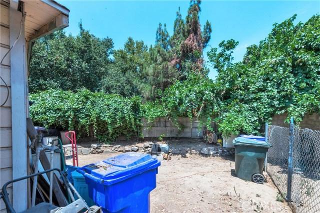 5565 34th Street, Riverside CA: http://media.crmls.org/medias/cf751404-5502-4d16-a9ea-558370ed6a24.jpg
