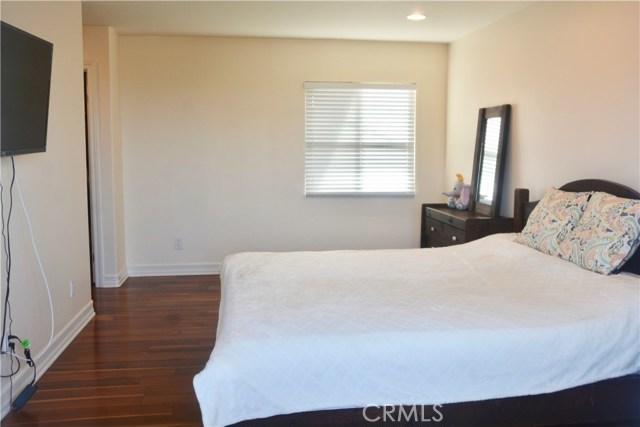 3405 S Patton Avenue, San Pedro CA: http://media.crmls.org/medias/cf75bf19-cb58-4075-bcaf-c540987f0460.jpg