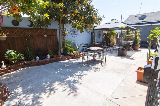 621 W PLUM Street, Compton CA: http://media.crmls.org/medias/cf7a3b00-6bfd-48d8-a7df-256c9e5319d7.jpg
