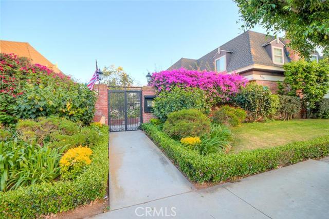 8120 Redlands Street 9 Playa del Rey, CA 90293 is listed for sale as MLS Listing CV16087992