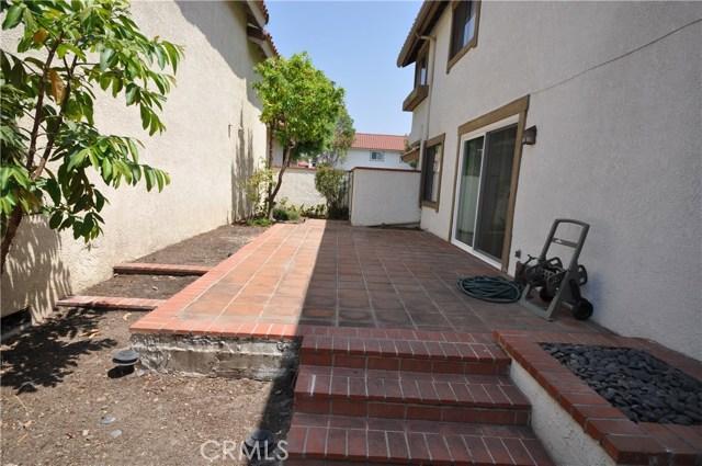 14 Tivoli, Irvine CA: http://media.crmls.org/medias/cf87c337-27ef-486e-acd1-87d3b1466a9d.jpg