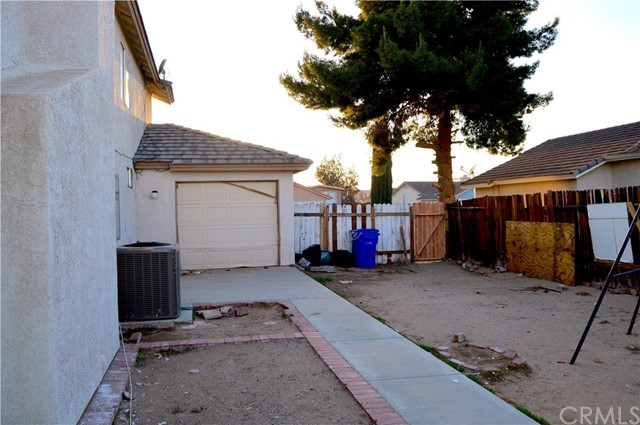 13229 Snowview Road Victorville, CA 92392 - MLS #: IV18064193