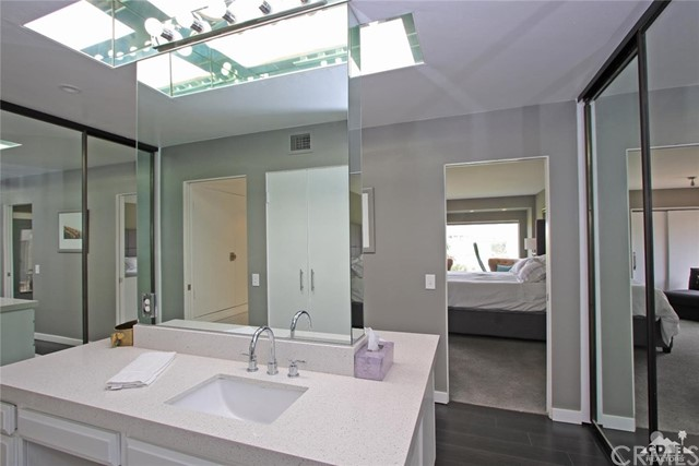 34868 Mission Hills Drive, Rancho Mirage CA: http://media.crmls.org/medias/cfa53f10-a7ad-49a4-b877-a0f3a1654fd5.jpg