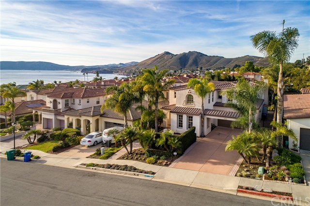 Property for sale at 230 Beachcomber Drive, Pismo Beach,  California 93449