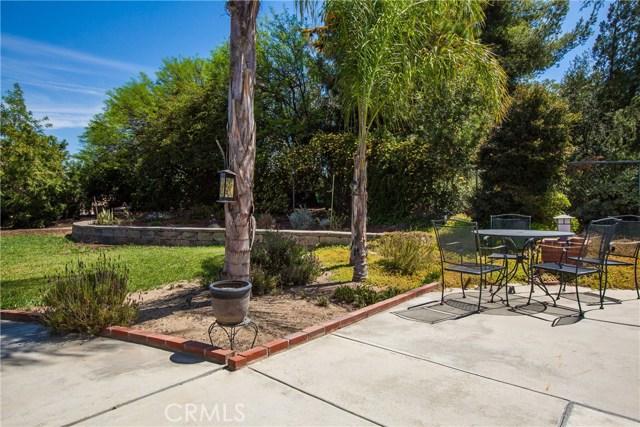 16190 Suttles Drive, Riverside CA: http://media.crmls.org/medias/cfe902da-64f5-4841-a666-093e26bd14c7.jpg