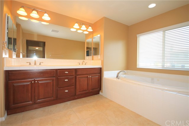 31560 Seastar Place Temecula, CA 92592 - MLS #: IV17200808
